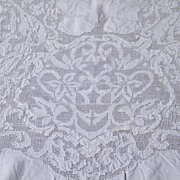 Vintage White Light Weight Linen & Lace Tablecloth..60 X 80