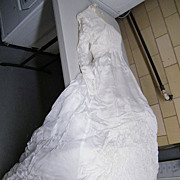 Vintage Wedding Gown & Veil Set..Size Small