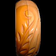Vintage BAKELITE Laminated and Carved Cream Butterscotch Bangle Bracelet