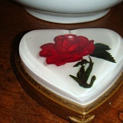 SALE Wonderful Rose Under Lucite Heart Compact Brought From Japan Military Man