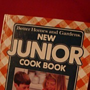 SALE Better Homes and Gardens New Junior Cook Book 1989 Hardback