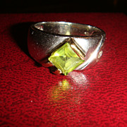 Interesting Sterling Silver Ring Peridot Green Stone Mixed Silver Finishes
