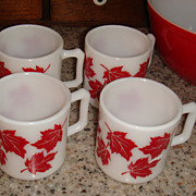 SALE Set of 4 Like New Hazel Atlas RED MAPLE LEAF Kiddie Mugs Great for Cider!