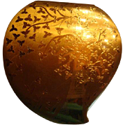 SALE Vintage American Elgin Heart Shaped Compact Tree and Flower Design Shiny Satin Gold Finis