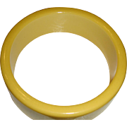 SALE Excellent One Inch Wide Sunshine Yellow Bakelite Bangle Bracelet Tested