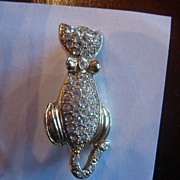 SALE Darling Rhinestone Kitty Cat Pin With Bow