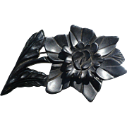 Bakelite Dimensional Flower Pin