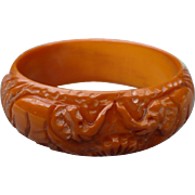 SALE Carved Elephant Bakelite Bracelet
