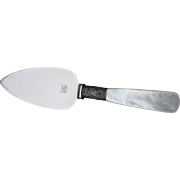 """Mother Pearl Serving Spatula 6"""""""