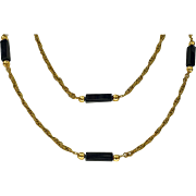 Stylish 18K black Onyx Necklace Chain, 20th century.