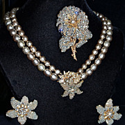MIRIAM HASKELL 1930s Parure:  Large Trembler Brooch,  Necklace & Clip-On Earrings - Baroque Si