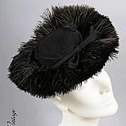 SALE Ostrich Plumes! Vintage 30s - 40s TILT HAT *Karo, NY