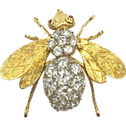 Vintage custom made 18 K yellow gold bumblebee pin or pendant with 3.5 carats of diamonds and