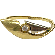 Vintage 1960s abstract modernist 14 K 585 white and yellow gold diamond ring