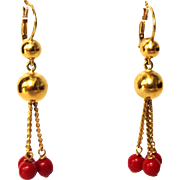 SALE Vintage 1980s 18K 750 yellow gold and red coral pierced earrings