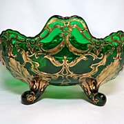 SOLD Dugan's Maple Leaf Pattern Green/Gold Master Berry Bowl