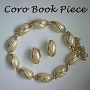 SALE Coro 1955 Thermoset Necklace & Earrings Set ~ Book Piece