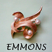 SALE Signed EMMONS Free Form Brooch with Faux Pearls