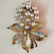 SALE Trifari Crown Rhinestone & Pearl Bouquet Brooch