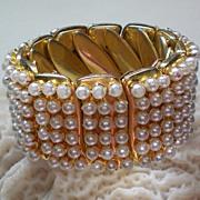 SALE Expandable Faux Pearl Stretch Bracelet