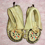 SALE Child's Leather Indian Moccasins