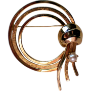 SALE Cultured Pearl Golden Circle Brooch