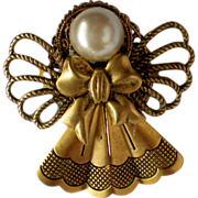 SALE Brass Christmas Angel Pin with Faux Pearl Head