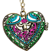 Stunning Heart Locket