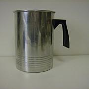 Aluminum 2 Quart Wax Pouring Pitcher