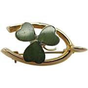 1920's Vintage 9K Gold And Agate Wishbone And Shamrock Pin By Henry Griffith & Sons