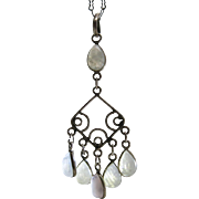 Vintage Labradorite Chandelier Pendant On 28-Inch Sterling Silver Crinkle Chain