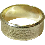 Vintage 14K Yellow Gold 1/4-Inch Wide Wedding Band / Ring With Cross-Hatching