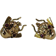 Wonderful Vintage 20K Gold And Ruby Post-And-Clutch Insect Earrings