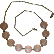 Smart 1930's Art Deco Necklace With Frosted Pink Glass Orbs