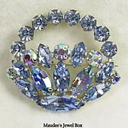 Signed Sherman Vintage Flower Basket Brooch Pin in Blue Topaz Color Rhinestone – Beautiful!