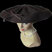 SALE 1940 1950 Wide Brim Hat in Chocolate Felt Stewart Company Rockford Illinois