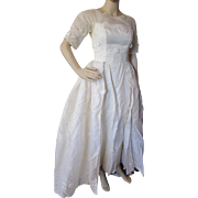 SALE Summer Wedding Dress in Organdy with Flower Appliques '80's/'90's