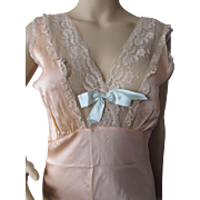 SALE Feminine Negligee in Peach Satin with Lace and Blue Satin Bow Lady Leonora Size 34