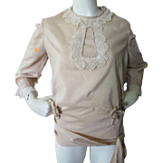 Blouse Early 20th Century in Nude Tone Cotton Lace and Blossom Accents