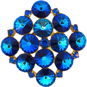 Vintage diamond shaped rivoli rhinestone Brooch in shades of blue