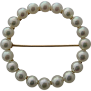 14K Circle Pin w/ Akoya Pearls Ca 1940s