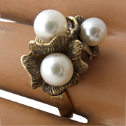 Vintage 14K Pearl Cluster Textured Flower Cocktail Ring Sz 9