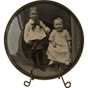 """Victorian Round Domed Glass Brass Frame w/ Photo Children 3 1/2""""d"""