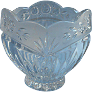 Southern Garden Oneida Crystal Candy Nut Bow Vintage