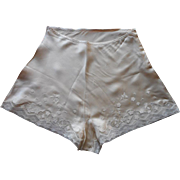 Silk Tap Pants 1930s 1940s Lace Embroidery Unused Vintage 25 Waist