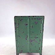 "SALE Tootsie Toy 1930s 1/2"" Ice Box, Refrigerator Dollhouse Furniture"