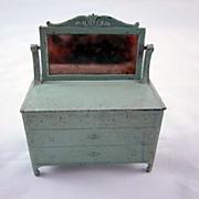 """Tootsie Toy 1/2"""" Dresser with Mirror Dollhouse furniture"""