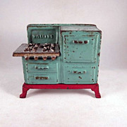 SOLD HOLD 'Williams' Cast Iron Toy Stove