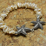 SALE Keishi Pearl Starfish Bracelet
