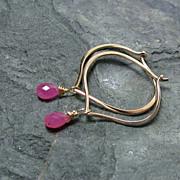 SALE 14K Gold Hoop Earrings, Sapphire briolettes